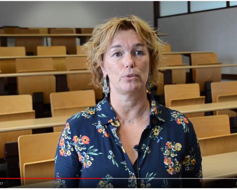 Vidéo :Mme Banctel, professeur en enseignement professionnel - BAC Pro Services de Proximité et Vie Locale
